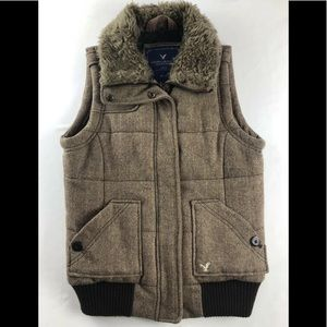 American Eagle Wool Vest With Faux Fur Collar, M